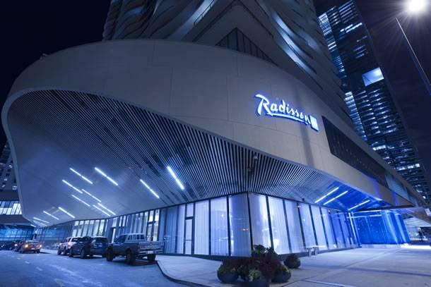Radisson-Blu-Aqua-Hotel-Chicago-3