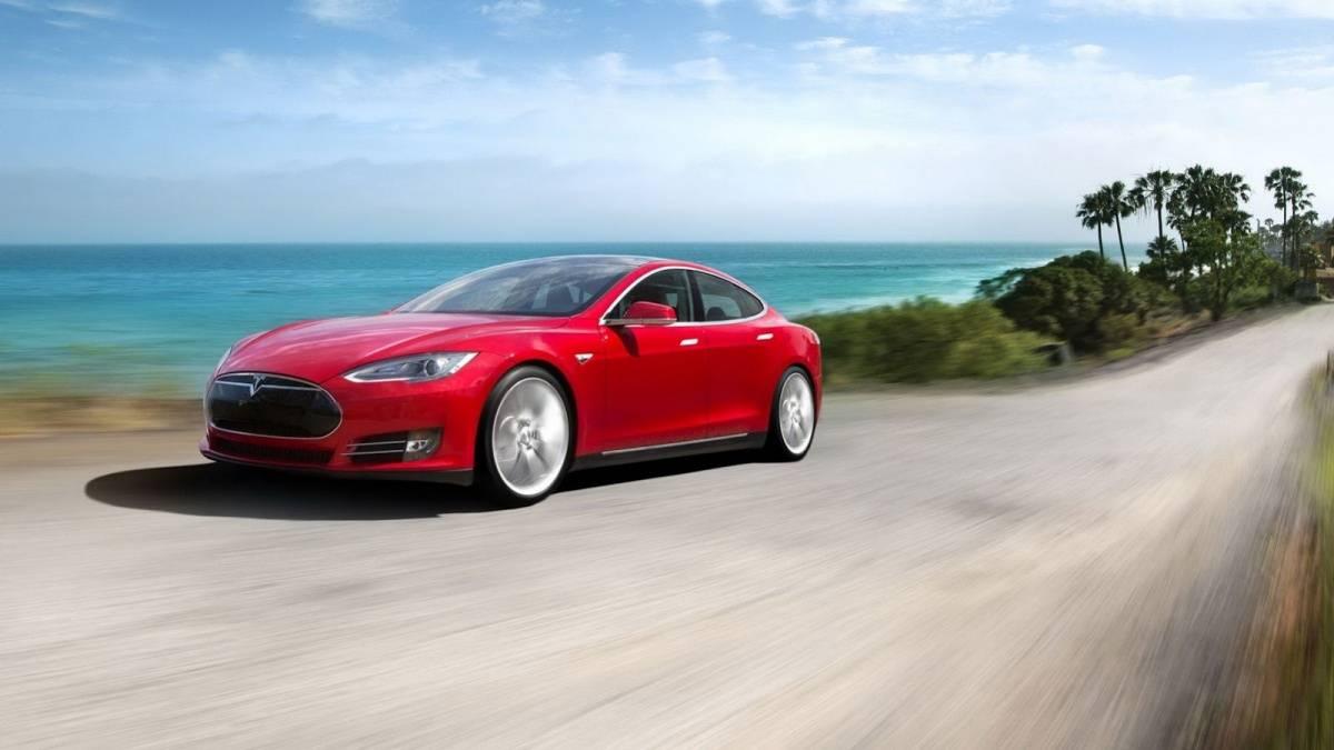 Tesla-Model-S0023