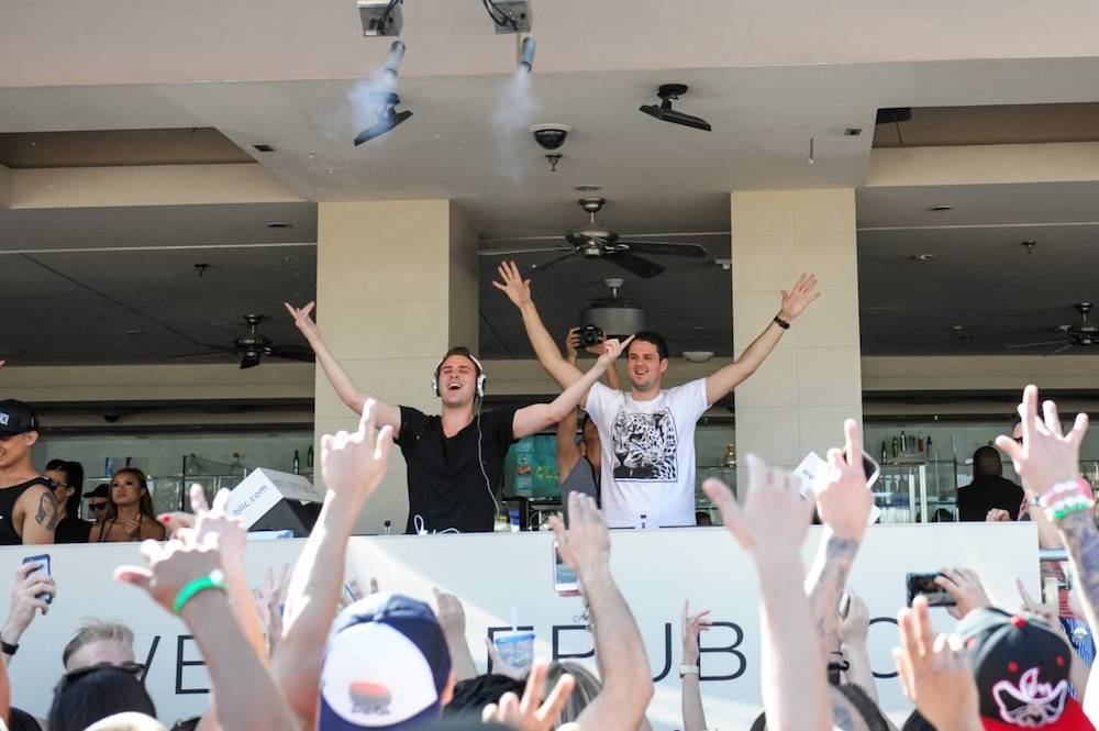 W&W 2_WET REPUBLIC