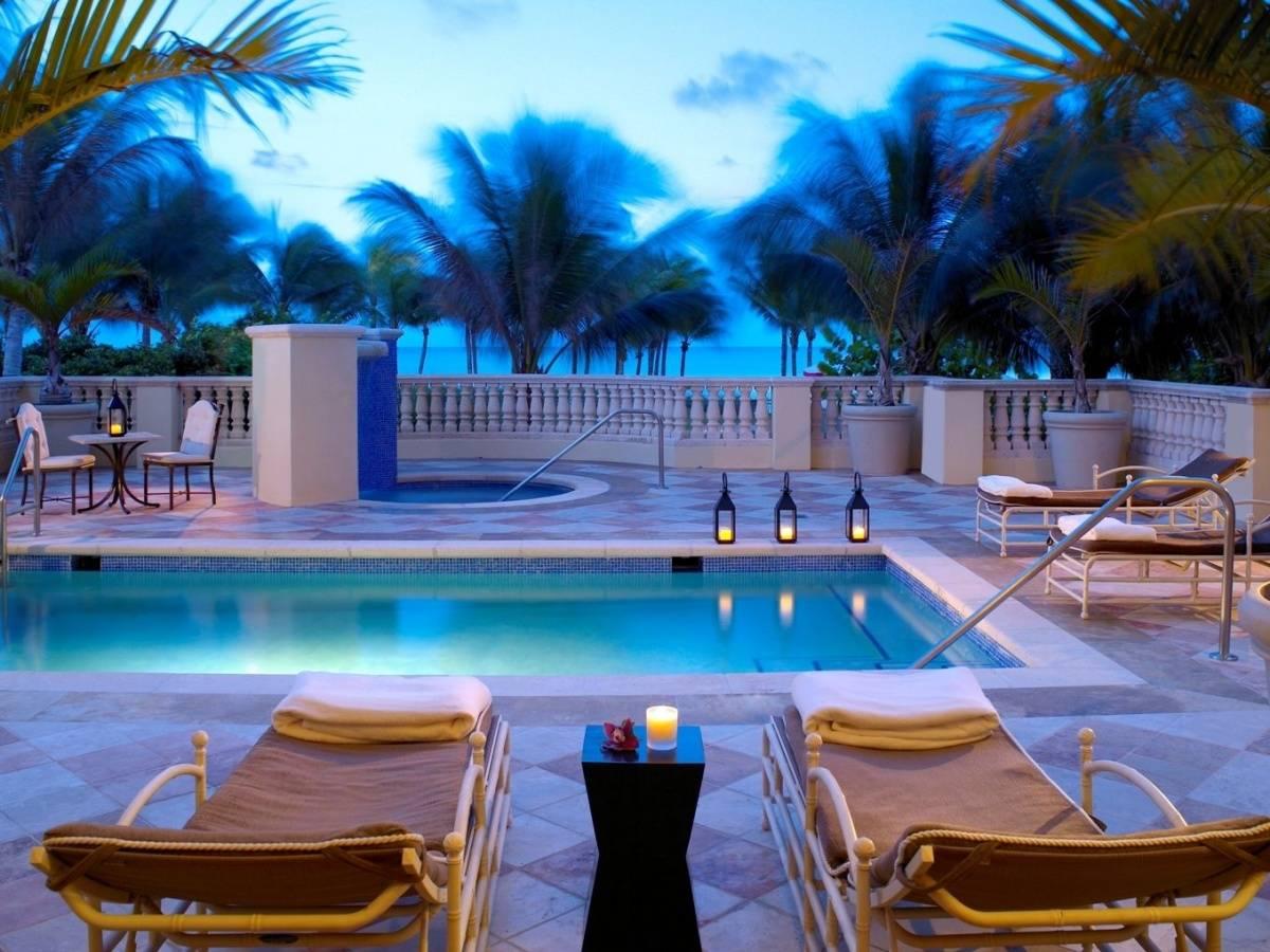 Acqualina Spa By ESPA Private Pool Deck