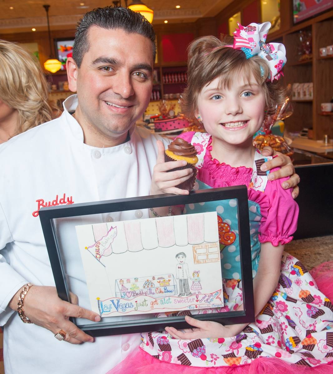 Cake Boss honors Make A Wish Foundation