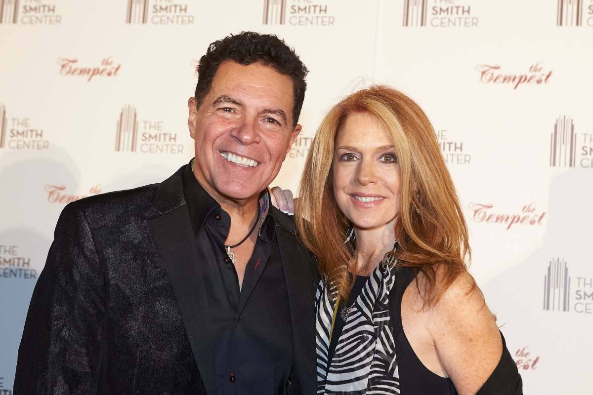 Clint Holmes and Kelly Clinton-Holmes at the World Premiere of THE TEMPEST 4.5.14 (C) Geri Kodey-The Smith Center for the Performing Arts