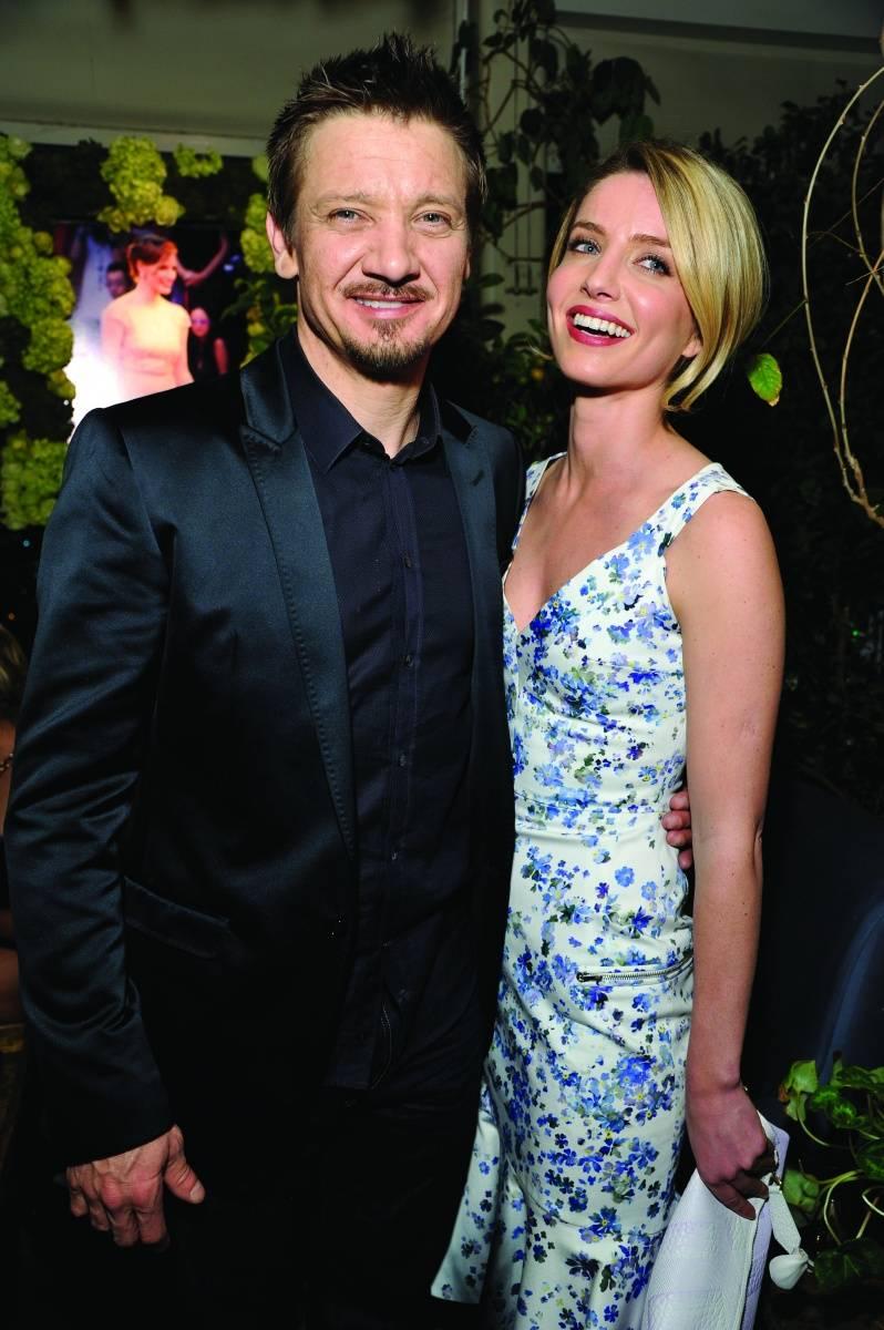 Jeremy Renner + Annabelle Wallis