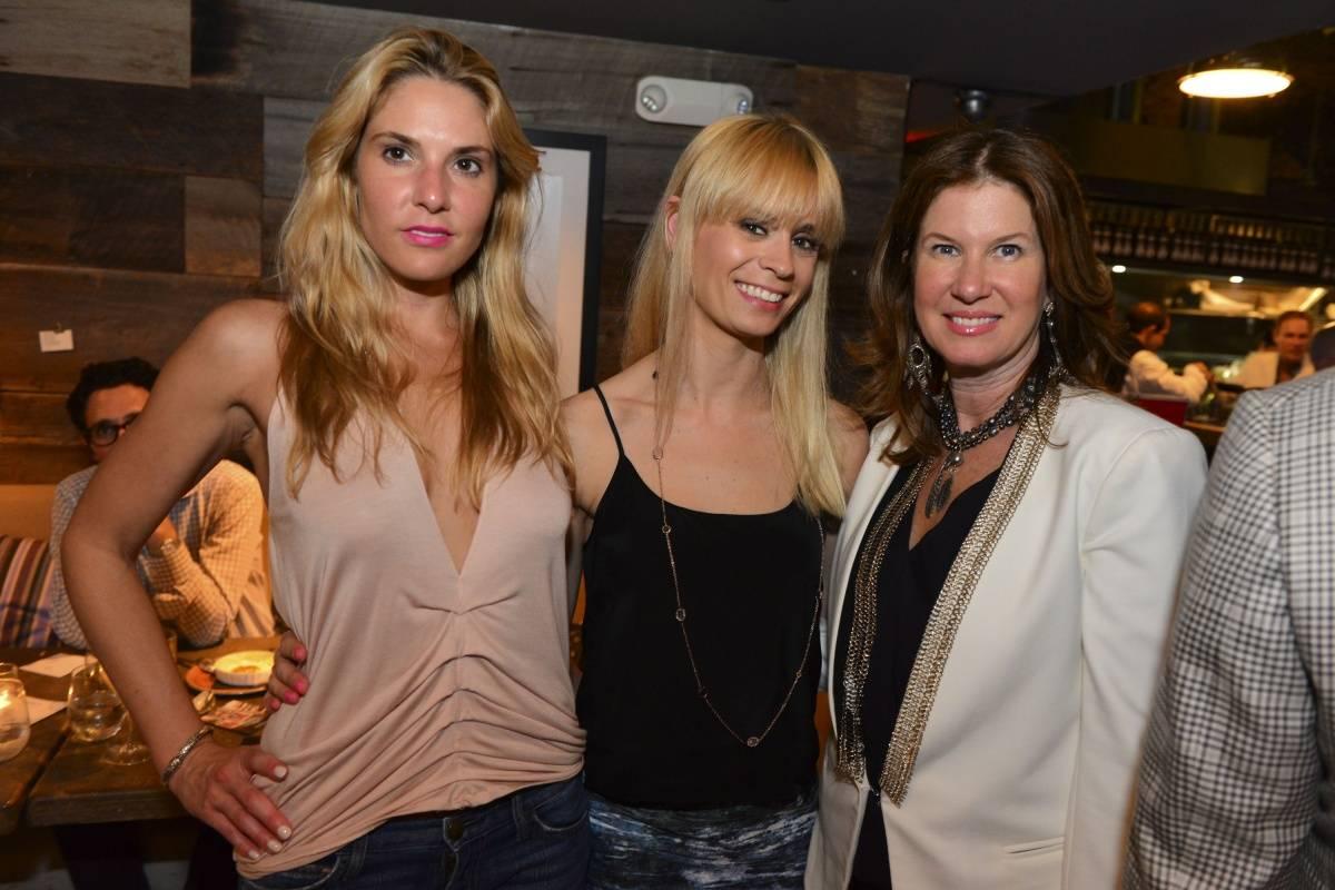 Jillian Posner, Carly Patterson & Dana Shear33