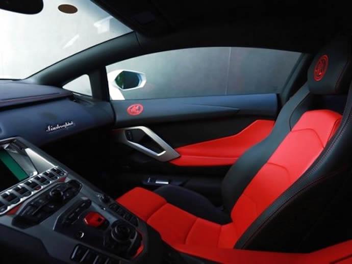 Lamborghini Aventador Jackie Chan Edition Interior