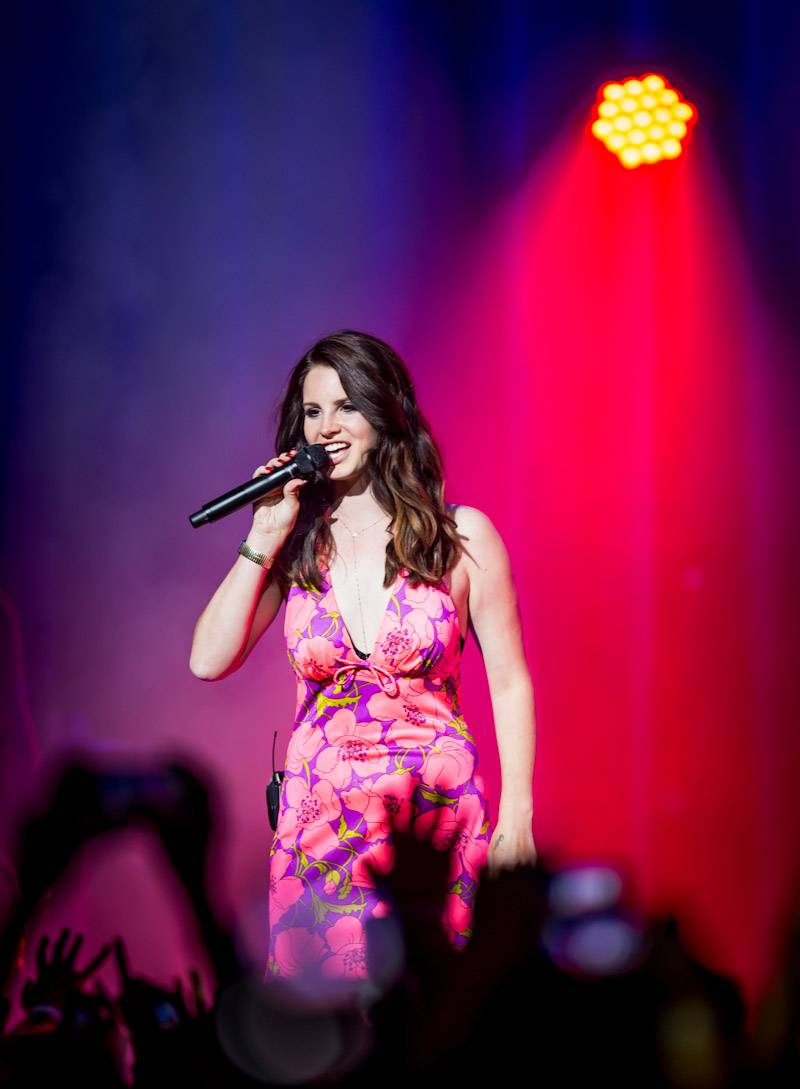 Lana Del Rey Performs at The Chelsea at The Cosmopolitan of Las Vegas April 11_kabik-14