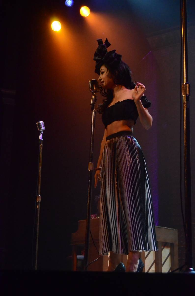 Melody Sweets Performing with the Cast of MILLION DOLLAR QUARTET Las Vegas 4.22.14 (C) Caesars Entertainment