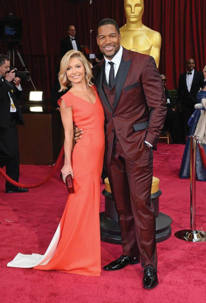 Michael-&-Kelly-Getty-2014-Oscars