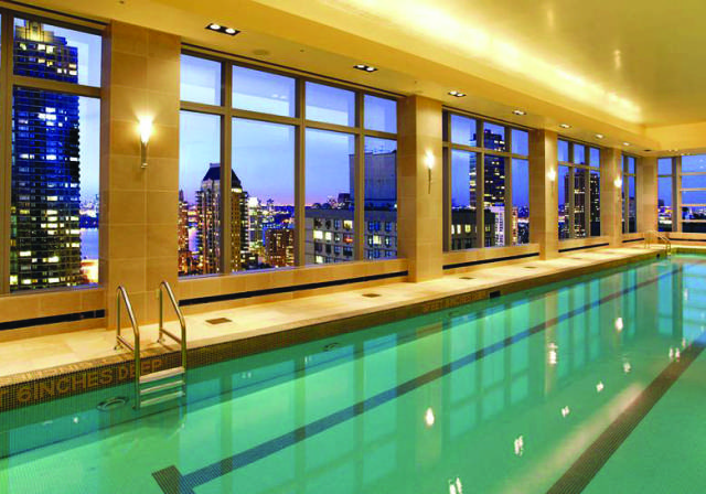The Mandarin Oriental   www.mandarinoriental.com 80 Columbus Circle (212) 805 8800