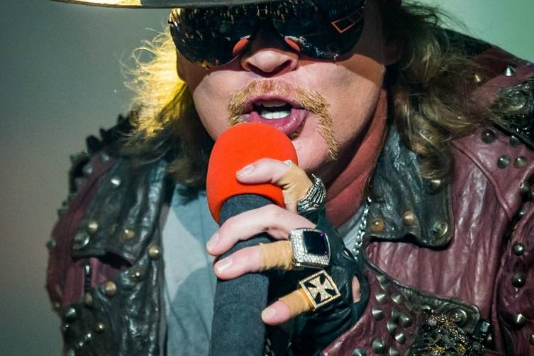 05.21.14_Axl Rose_The Joint_Photo Credit Erik Kabik_5