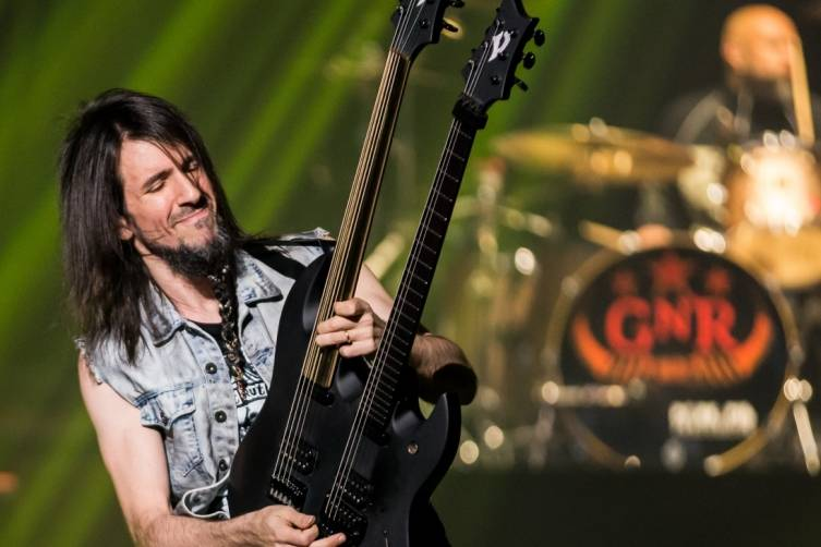 05.21.14_Bumblefoot_The Joint_Photo Credit Erik Kabik