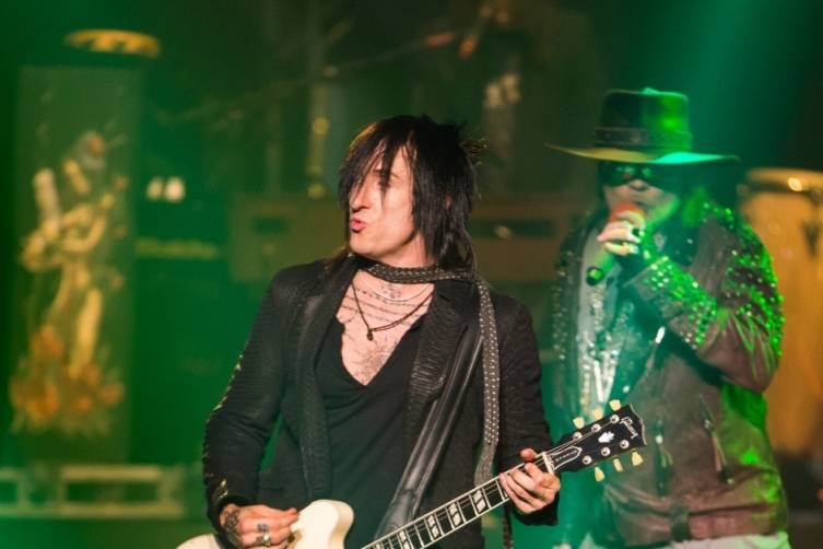 05.21.14_Richard Fortus_The Joint_Photo Credit Erik Kabik