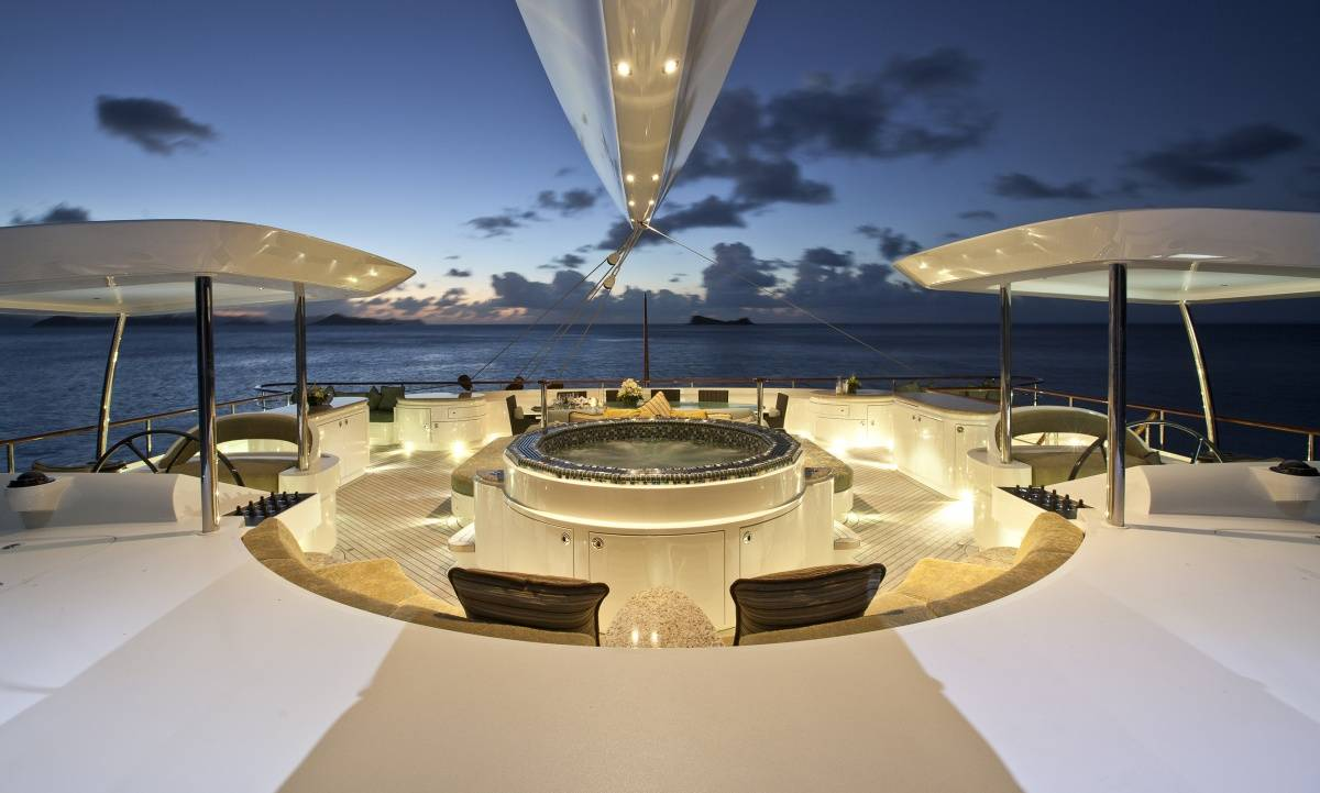 The World S Largest Catamaran Burgess Yacht S Hemisphere