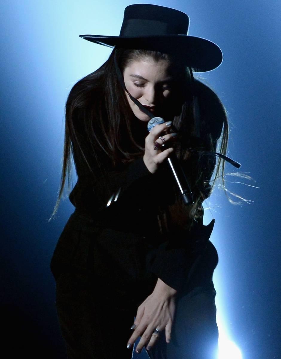 Lorde at Billboard Awards