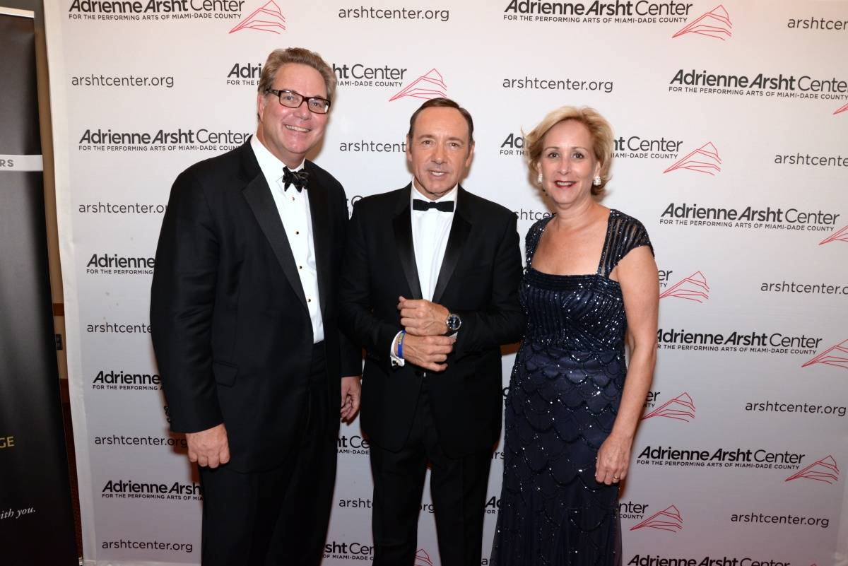 Adrienne Arsht Center President and CEO John Richard, Lynne Richard with Kevin Spacey(1)