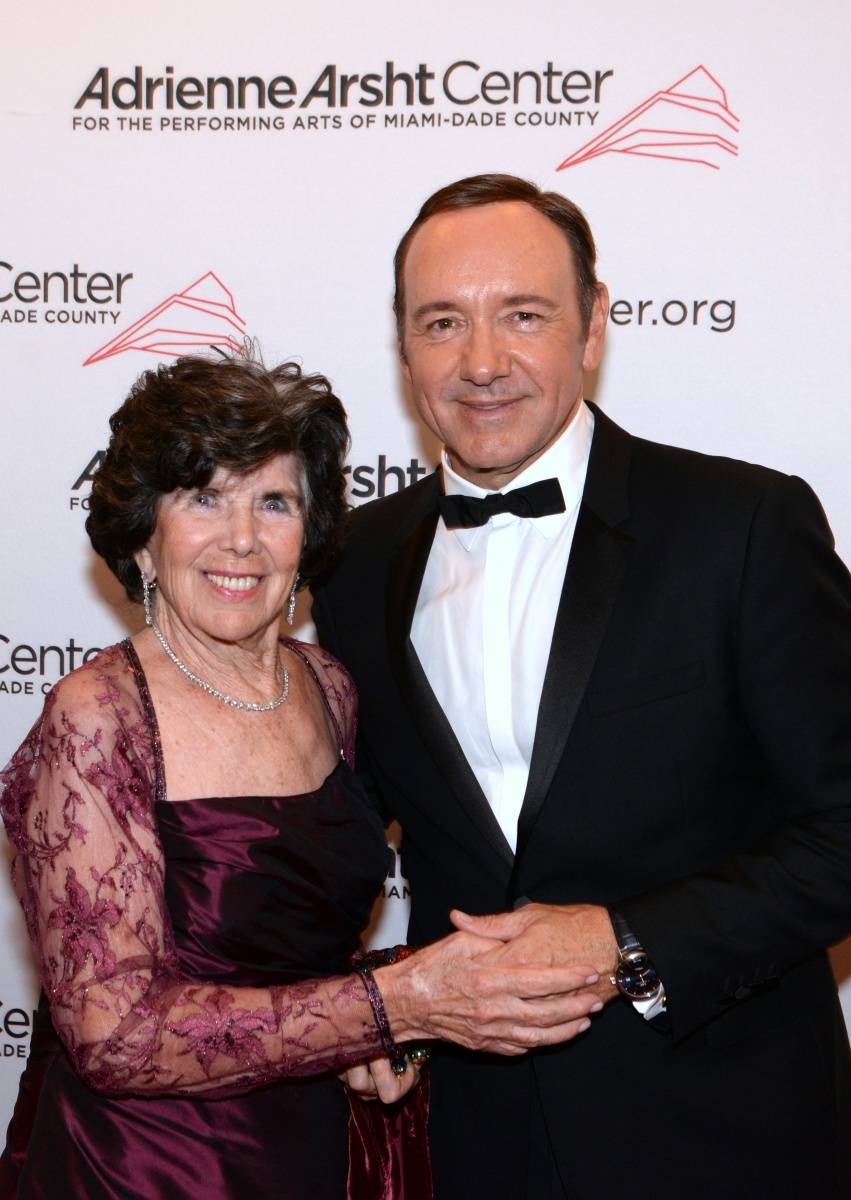 Bonnie Bastian with Kevin Spacey - photo Manny Hernandez