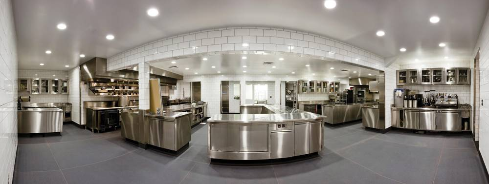 CREELFILMS_Meadowood_Kitchen_Pano_10