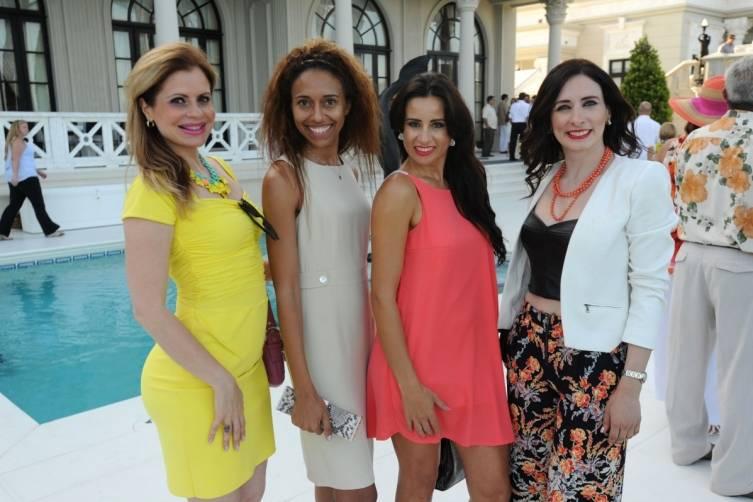 Francesca Cruz, Gabriella Wimmer, Aidee Korral, & Fernanda Ramos