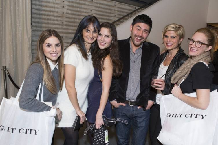 Gilt City Members shopping at the WHS Sale (2)