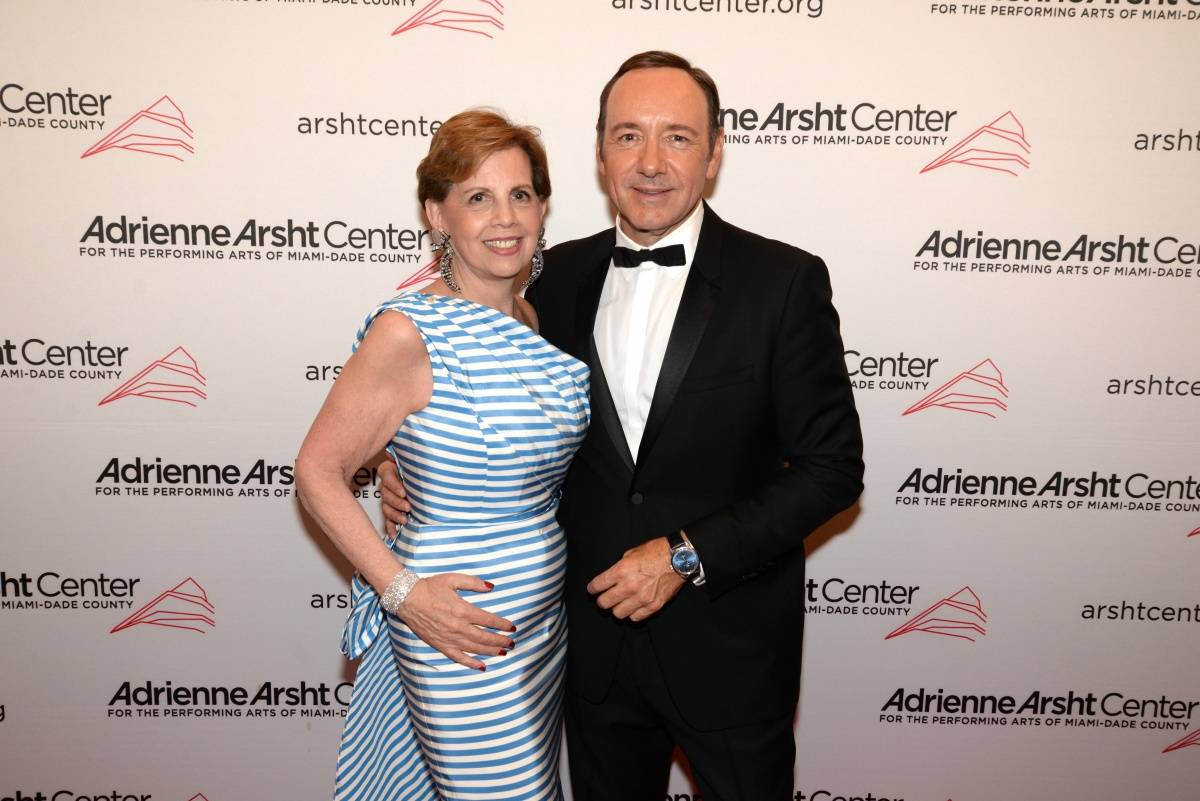Honorary Chair Adrienne Arsht with Kevin Spacey - photo Manny Hernandez