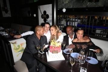Jennifer Lopez, Casper Smart, Benny Medina, L.A. Reid, Erica Reid_Hakkasan Las Vegas Restaurant-1