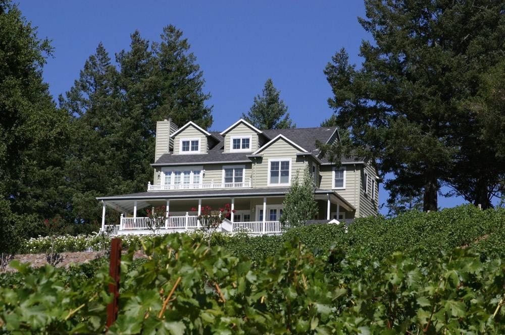 Lail-Vineyards-Estate-(CREDIT-ROBIN-LAIL)