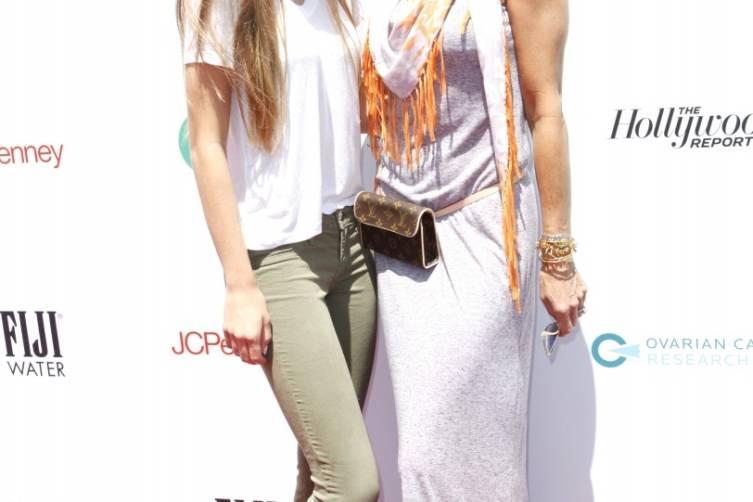 Lisa Rinna and daughter Delilah Hamlin99