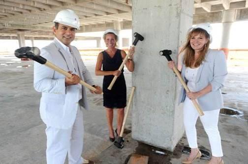 Ophir Sternberg, Carolyn Block Ellert, Mayi de la Vega