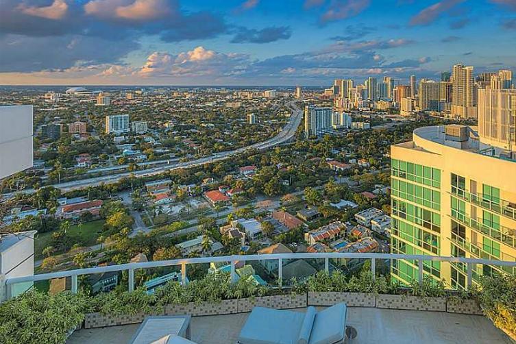 2127 Brickell Avenue PH 4000 Miami