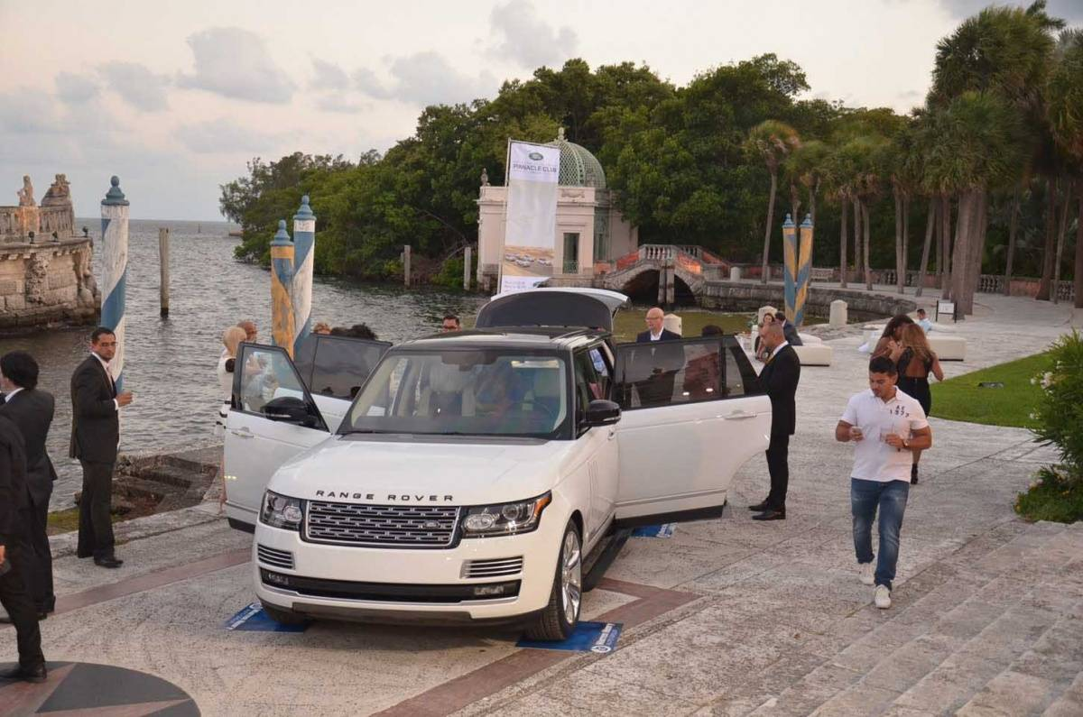 Warren Henry Range Rover >> Warren Henry Auto Group Previews The New Range Rover Long
