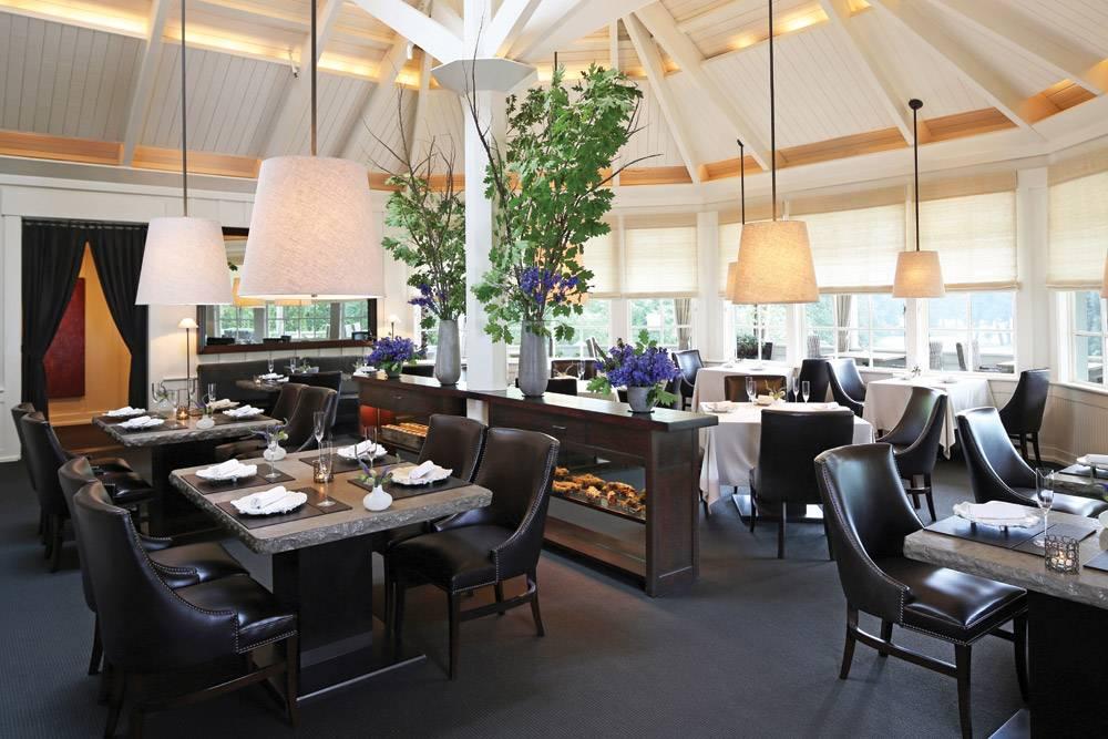 Restaurant_Interior_1