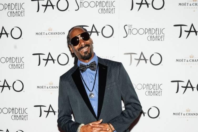 Snoop Dogg Walks Red Carpet at TAO