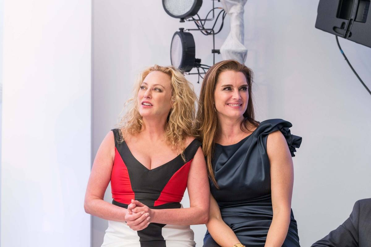 Virginia Madsen and Brooke Shields  Credit Drew Altizer Photography