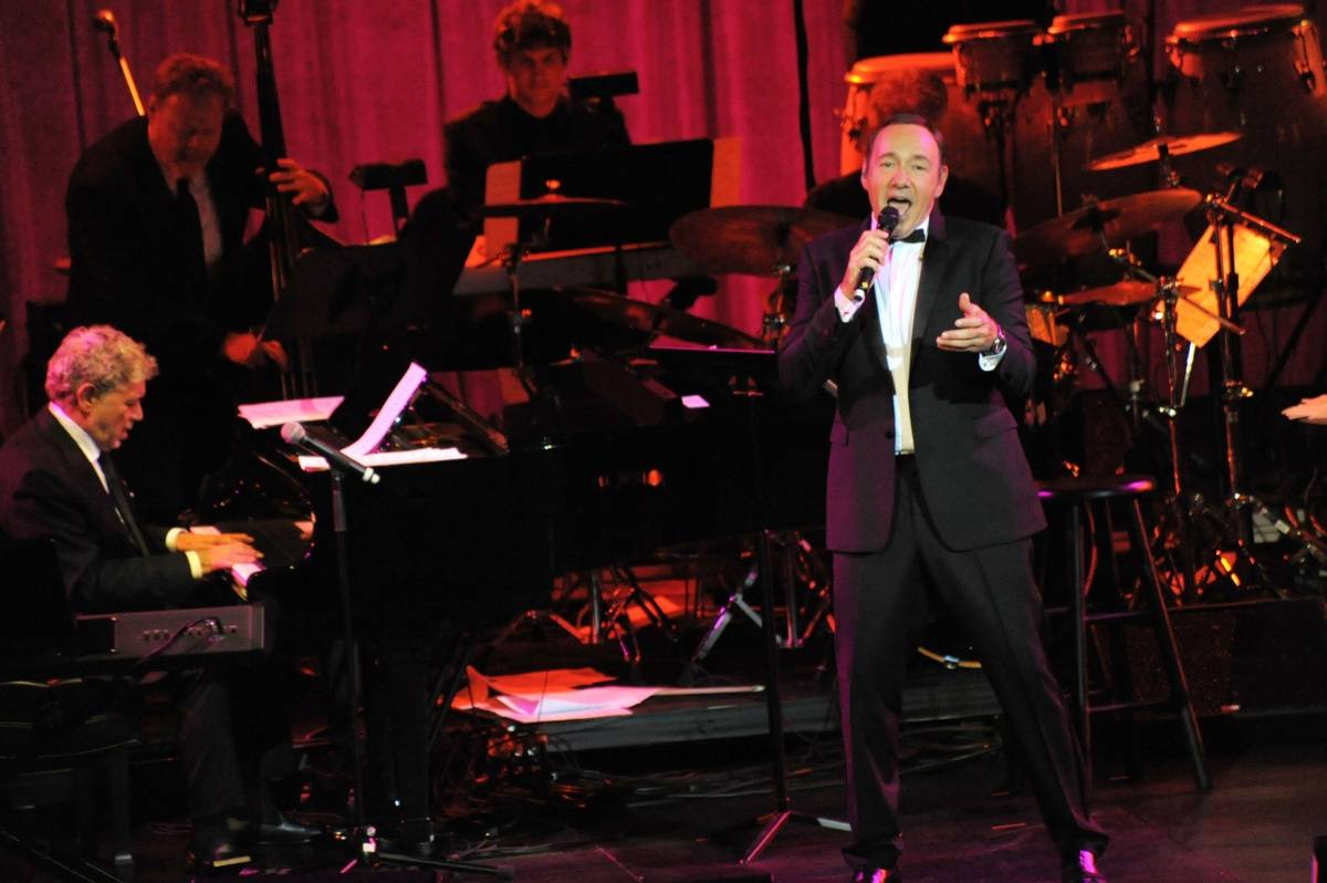 WRE_8387 – Kevin Spacey performance – photo WorldRedEye.com