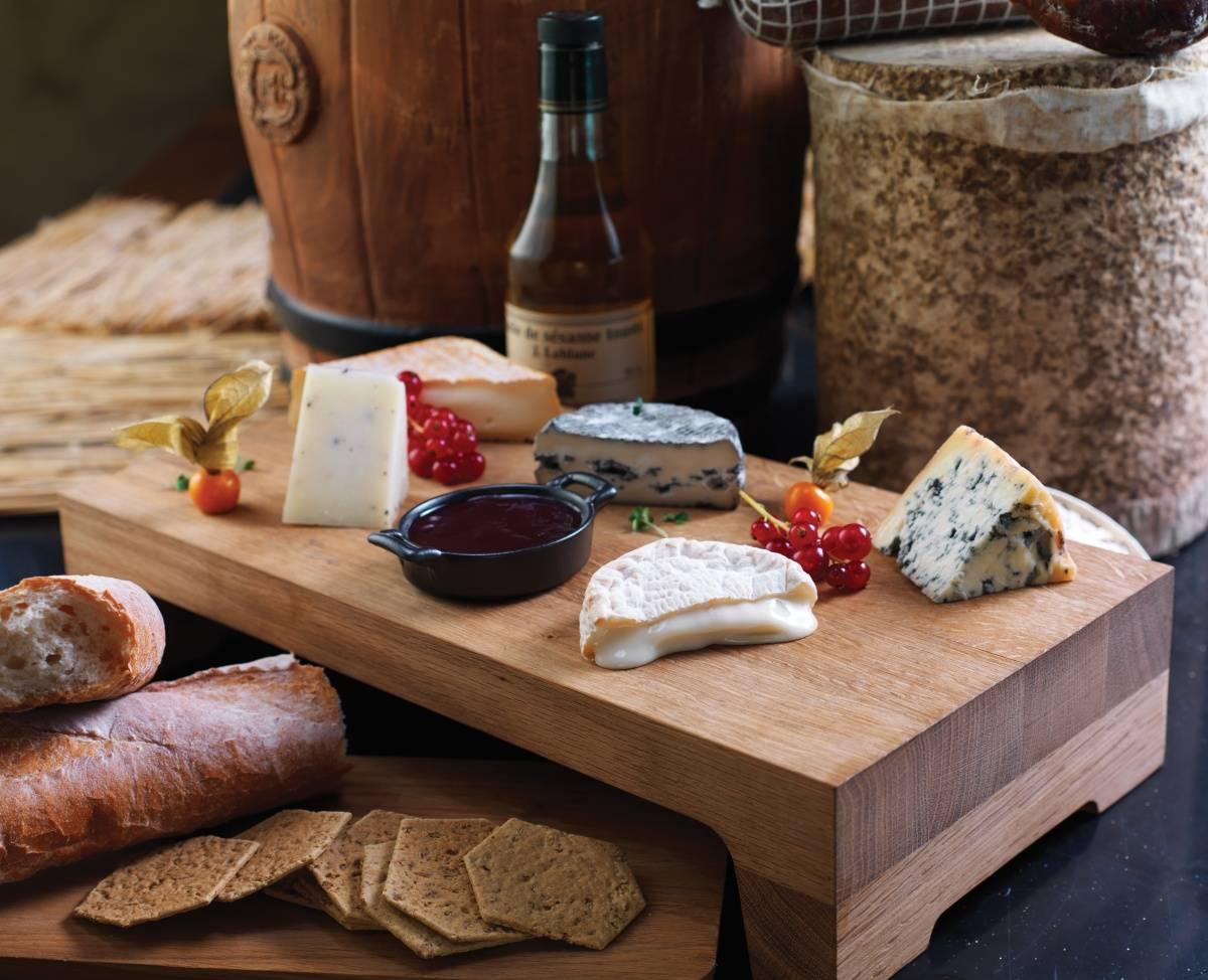 wpid-Cave-Cheese-Board.jpg