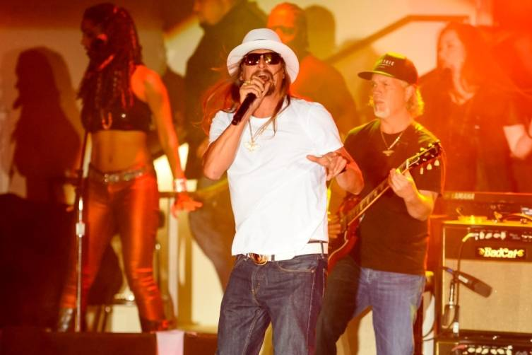 Kid Rock Performs at Boulevard Pool at The Cosmopolitan of Las Vegas June 6_KidRock-14