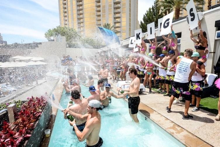 LA Kings Champagne Shower_WEAT REPAUBLIC