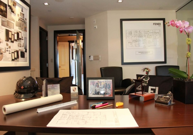 Michael Goldstein Desk