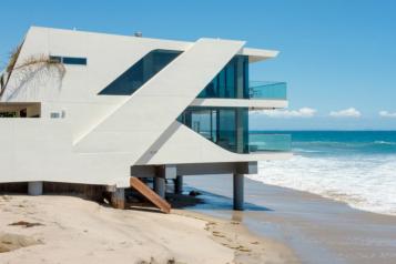 Sleek Architectural Malibu Jewel  – Sotheby's International Realty