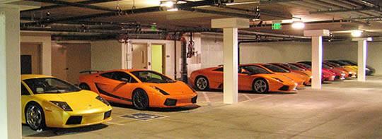 lambo-garage