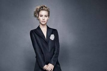 miss-dior-x-jennifer-lawrence-campaign
