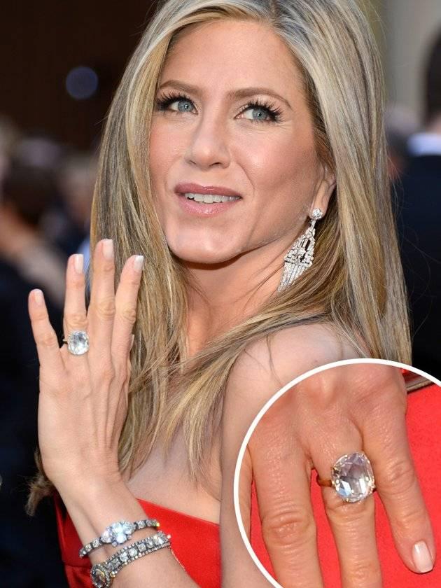 Jen Aniston Engagement Ring