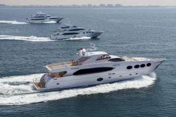 wpid-Majesty-Yachts-sailing-along-the-UAE-Coastline_from-bottom-to-top_Majesty-105-Majesty-125-and-Majesty-135-copy.jpg