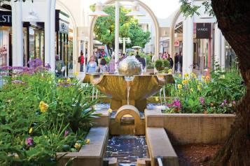 Ball Fountain Stanford