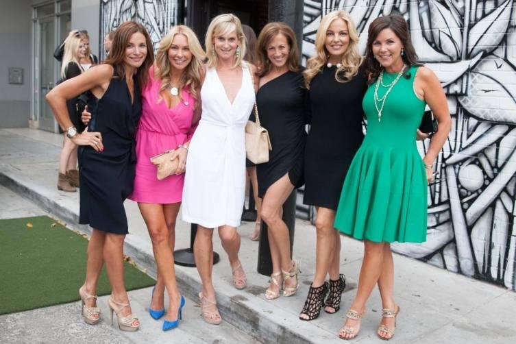 Claudia Ross, Tiffany Cummins,  xx Harrison, Eileen Alford, Shanena Gunn, Dana Windatt