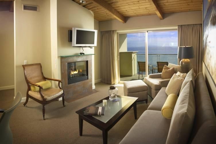 King One Bedroom Suite - LR2