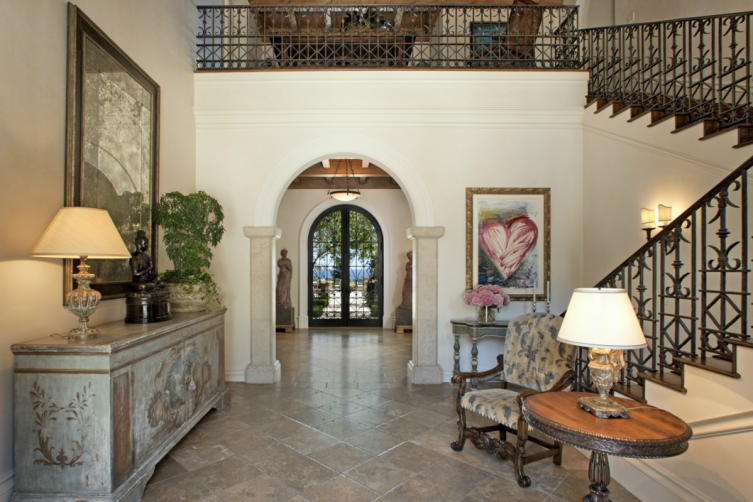 Sotheby's International Realty: Prima Luce