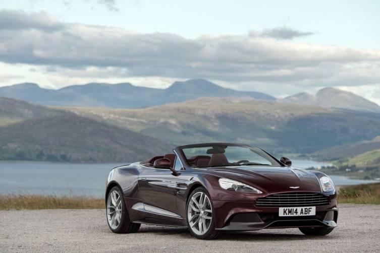 Aston Martin 2015 Vanquish Volante