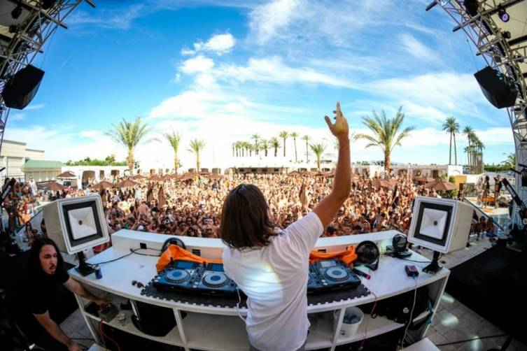 8.30- Alesso at Daylight 1