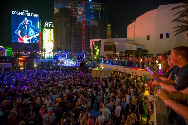 Brad Paisley's Moonshine In The Trunk Pool Party at The Cosmopolitan Aug 27_Kabik 3_LR
